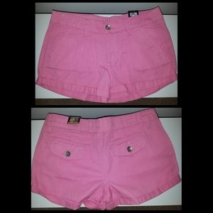 NWT💲2/$20💲Dollhouse Pleated Shorts Sz 3